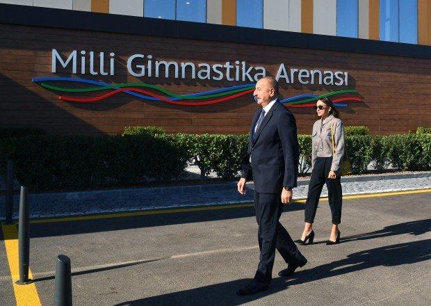 Prezident ailəsi ilə birlikdə Milli Gimnastika Arenasının yeni binasında - FOTOLAR (YENİLƏNİB)
